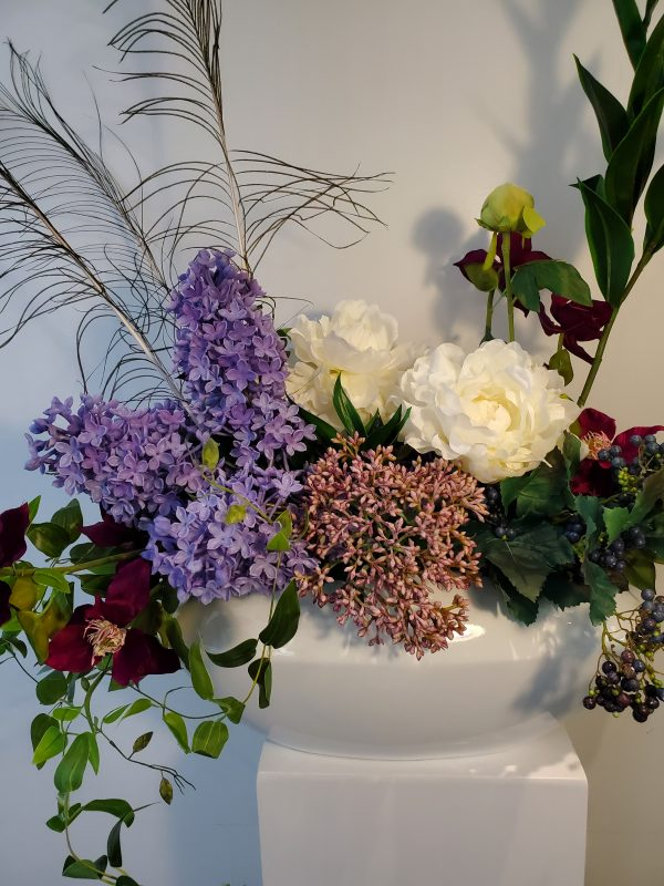 Lilac Peacock arrangement3 scaled