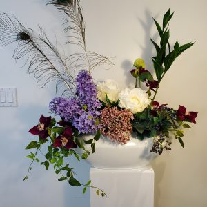 Lillac Peacock arrangement1